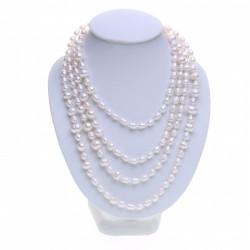 dlouhý bílý perlový náhrdelník