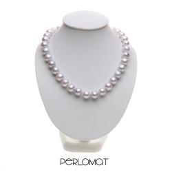 světle šedý perlový náhrdelník