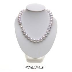 šedé perly