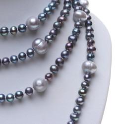 dlouhý černý perlový náhrdelník